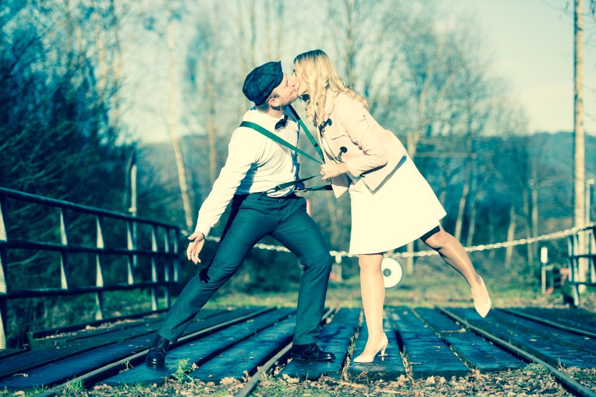 Wunderschöne Vintage-Winterhochzeit von Sarah und Daniel